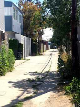 546 Sunset Avenue - Photo 11