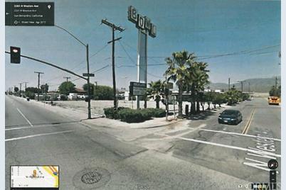 1500 W Highland Avenue - Photo 1