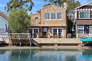 305 Grand Canal - Photo 1