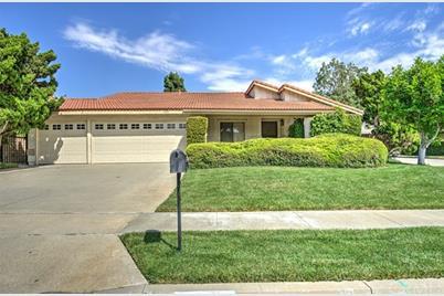 1800 Fairford Drive, Fullerton, CA 92833