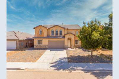 14985 Mesa Linda Avenue - Photo 1