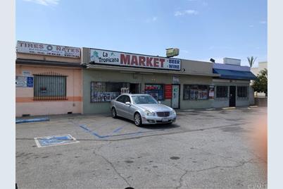 Santa Mariana Avenue - Photo 1