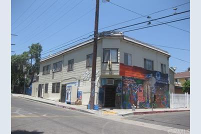 1253 W Court Street - Photo 1