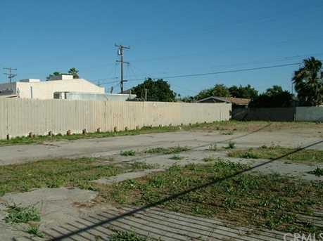 1498 W Compton Boulevard - Photo 2
