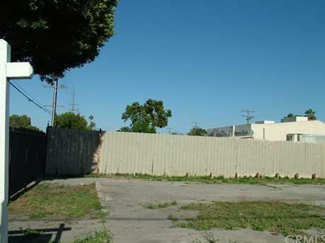 1498 W Compton Boulevard - Photo 4