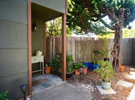 481 Hillview Street - Photo 5
