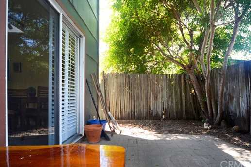 481 Hillview Street - Photo 23