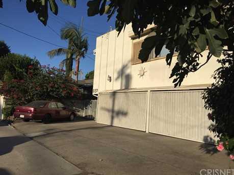 6152 Woodman Avenue - Photo 3