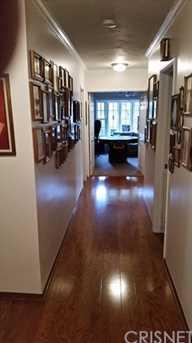 9821 Amestoy Avenue - Photo 25