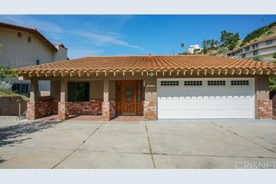 1214 E Tujunga Avenue - Photo 1