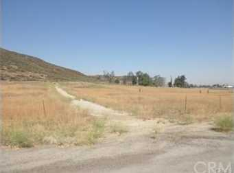 27441 Garbani Road - Photo 17