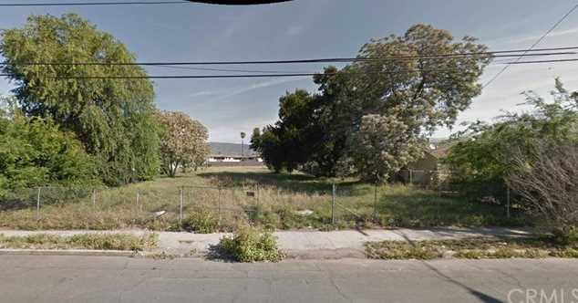 656 W 13th Street - Photo 1