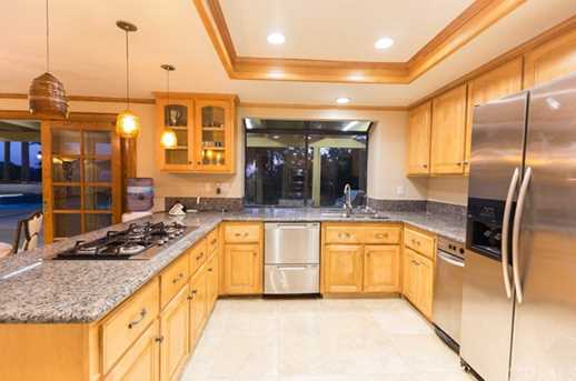 1041 S Easthills Dr - Photo 9