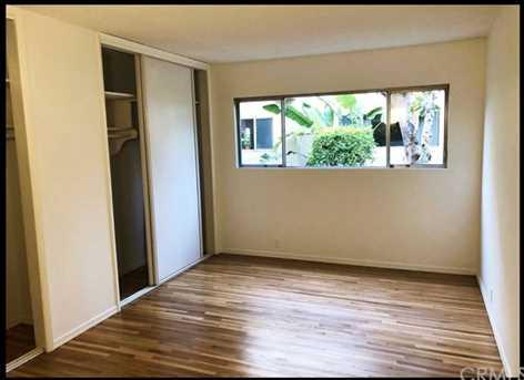 11121 Queensland Street #B9 - Photo 5