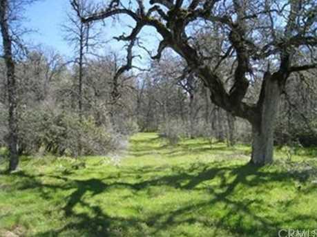 0 W Oaks - Photo 1