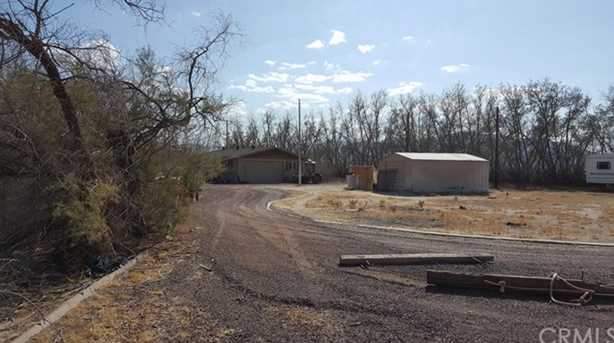 newberry springs buddhist singles Single family residence - newberry springs, ca property description prime corner location with solar for 3824 acres with 2 wells, 3 shops and 2 manufactured homes.