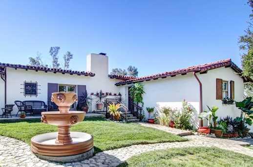 1272 Los Robles Place - Photo 3