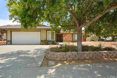 2862 Donner Way - Photo 1