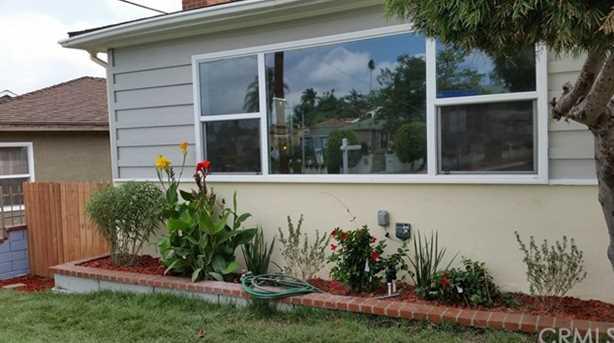 4600 Angeles Vista Blvd - Photo 1