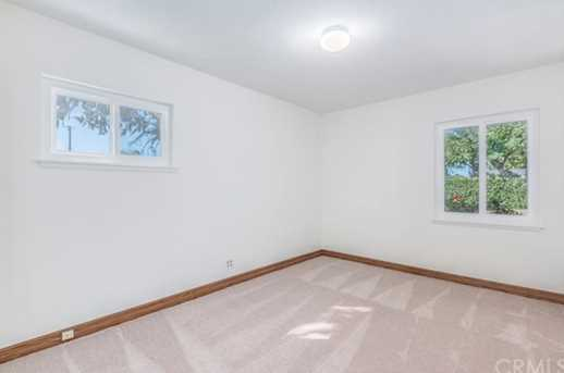 13701 Lombardy Road - Photo 33