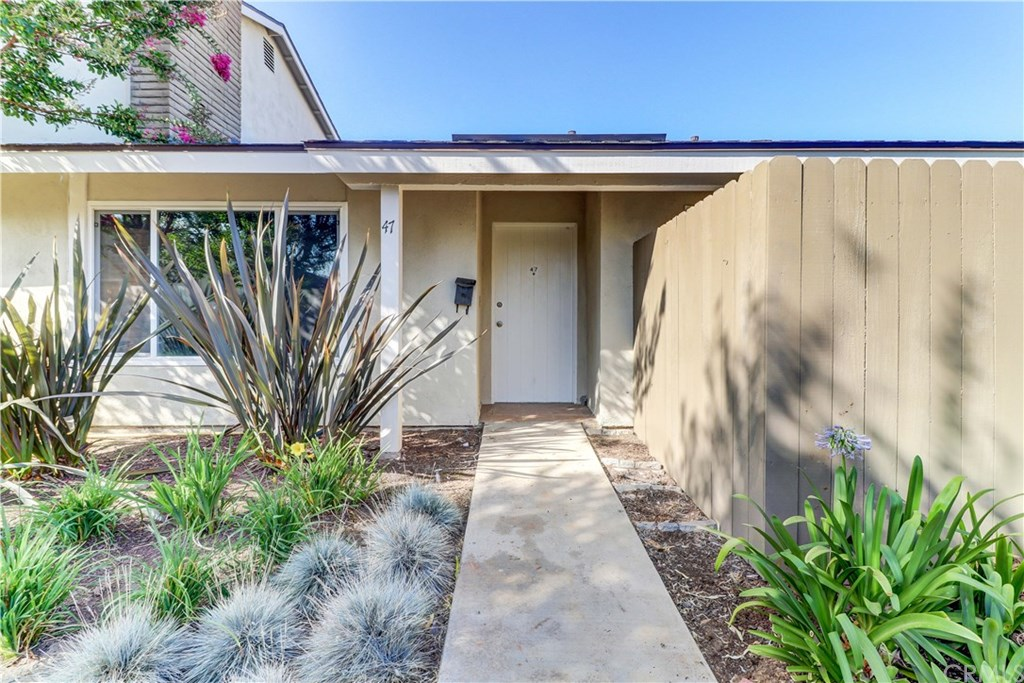 12700 Newport Ave 47 Tustin Ca 92780 Mls Pw20263810 Coldwell Banker