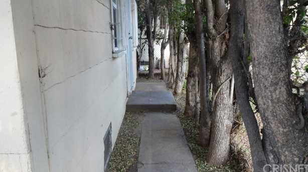 419 E 76th Street - Photo 11