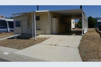 290 San Carlos Drive - Photo 1