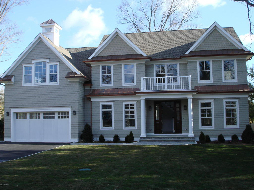 9 crescent road greenwich ct 06878 mls 94978 for Greenwich townhomes for sale