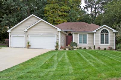 55800 Cedar Lane - Photo 1