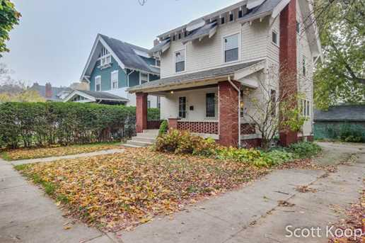 315 Hampton Avenue - Photo 1