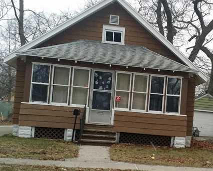 884 Emerson Avenue - Photo 1