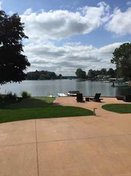 958 E Eagle Lake Drive - Photo 3