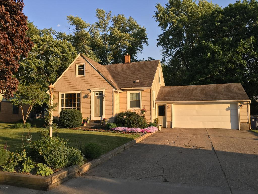 82 e 38th street holland mi 49423 mls 17019602 for 3 4 houses in michigan