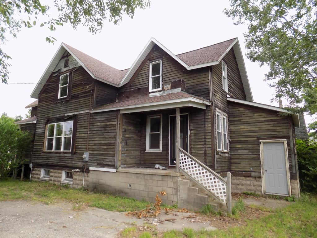 919 high street manistee mi 49660 mls 17032264 for 3 4 houses in michigan