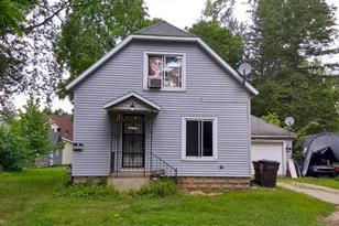 206 E Douglass Street - Photo 1