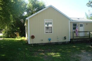 5025 N Foster - Photo 1