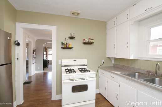 516 Kenwood - Photo 7