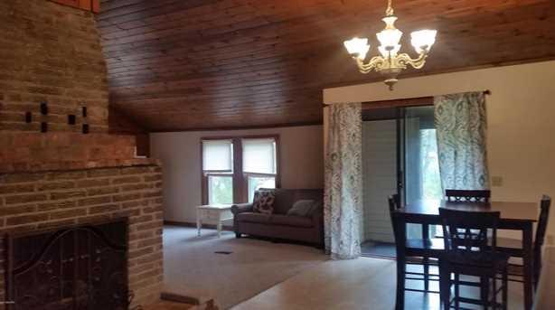 6241 Maplewood Drive - Photo 5