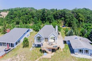 3629 S Lakeview Drive - Photo 1