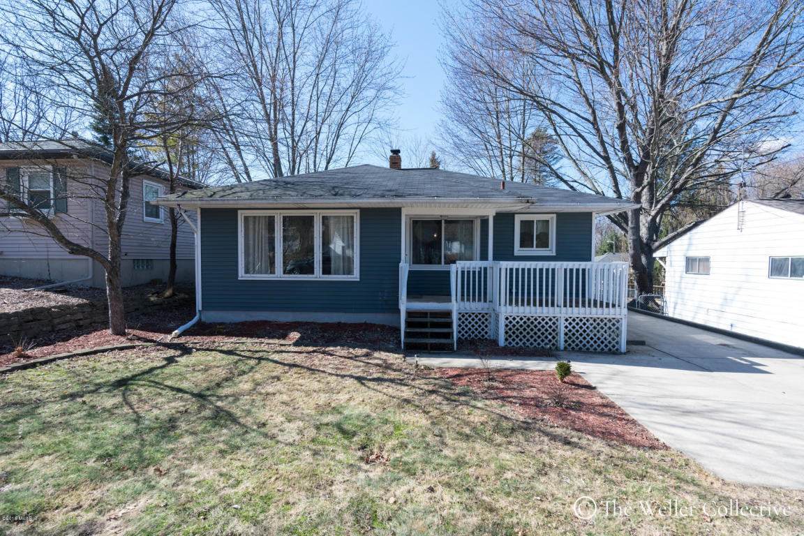 2937 Cheney Ave, Grand Rapids, MI 49505 - MLS 18007645 - Coldwell Banker