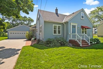 3465 Hubbard Street - Photo 1