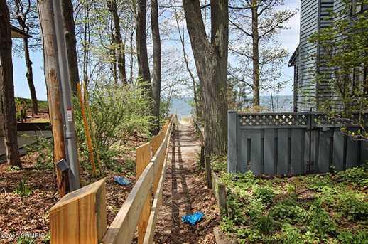 6624 Forest Beach Drive - Photo 7