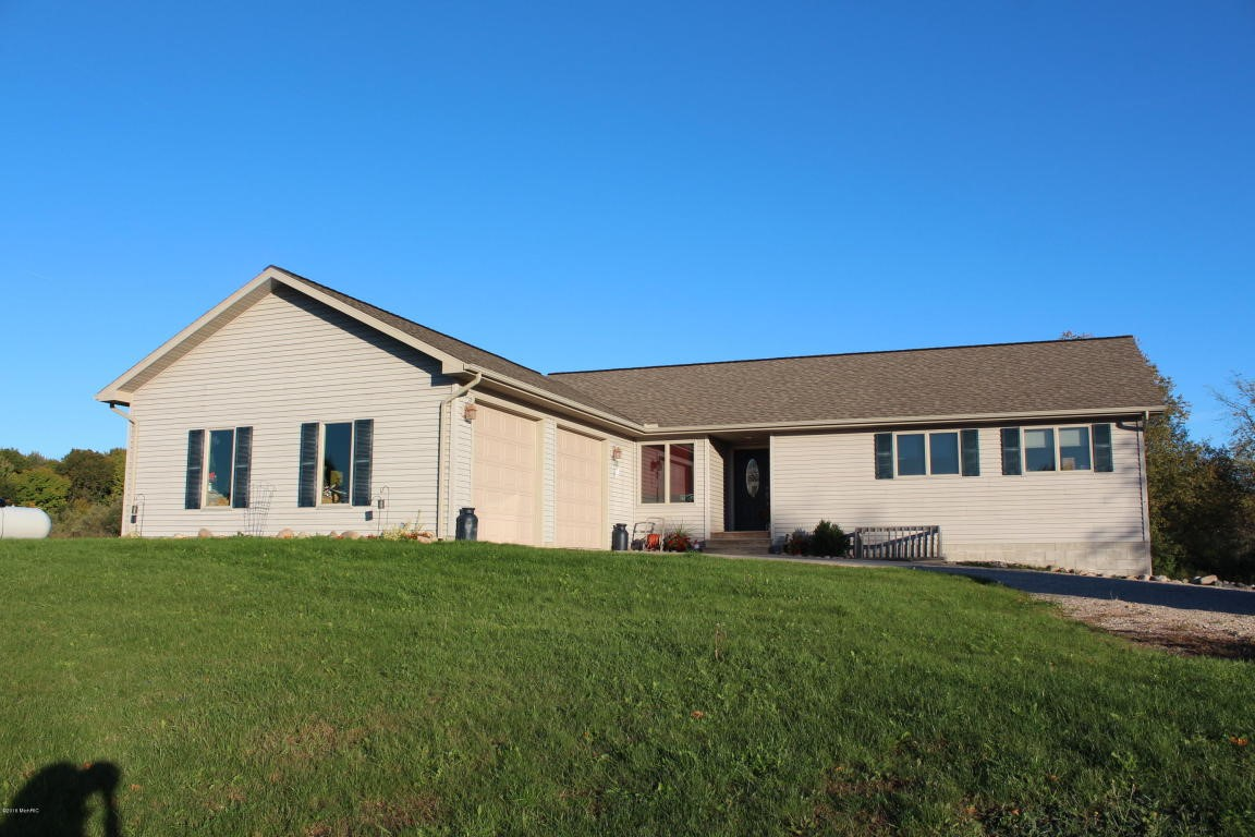 3847 Sw County Line Road Remus Mi 49340 Mls 16054456