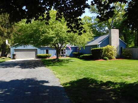541 E Marquette Woods Road - Photo 2