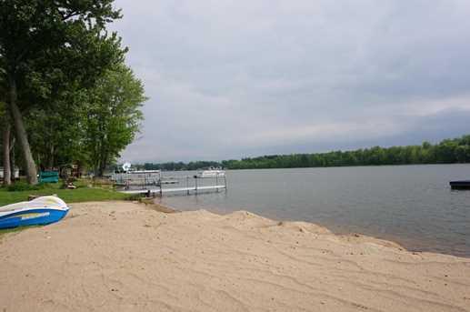 36 E Duck Lake Drive - Photo 2