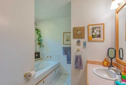10870 Harkness - Photo 24