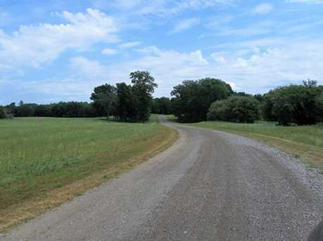 9122 Lakewood Trail - Photo 6