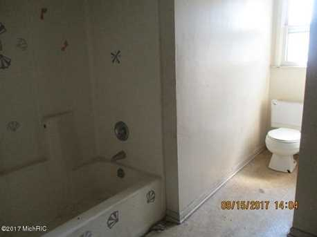 492 Houston Avenue - Photo 8