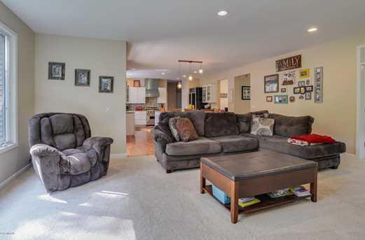 8456 Laurel Ridge Drive - Photo 8