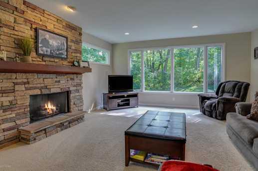 8456 Laurel Ridge Drive - Photo 7